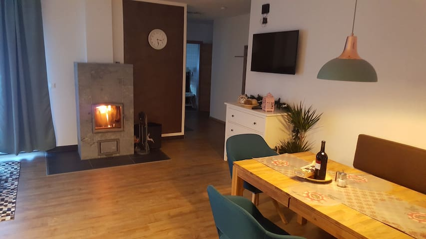 Nice 75m² apartment with fireplace in Flattach - Flattach - 別荘