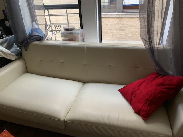 2 Sofas in Manhattan! $15 RegWknds & $50 Holidays