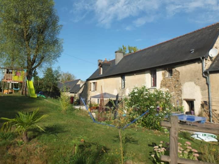 Maison longère en campagne à 15' de Rennes