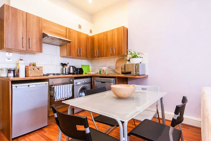 Cosy one bedroom apartment in Clapham Norht