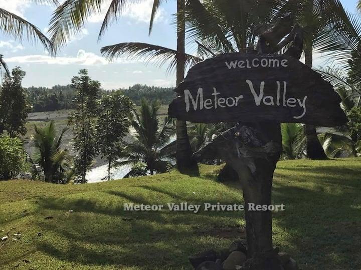 Private Nature Resort Getaway!