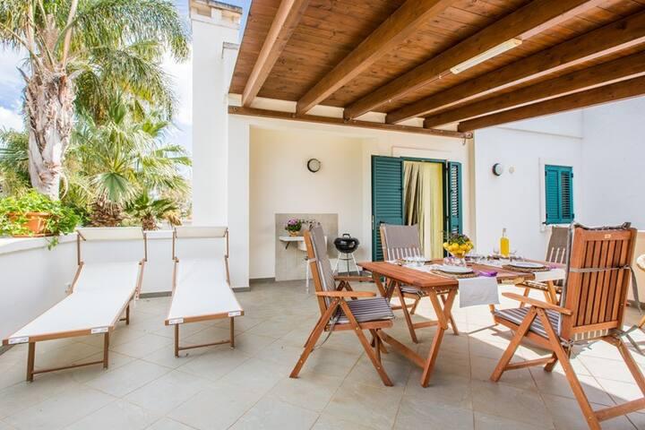 Family Apartment a 300 metri dalle spiagge Puglia