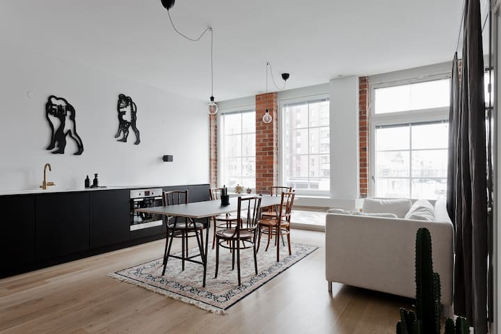 Scandinavian-style Loft Apartment