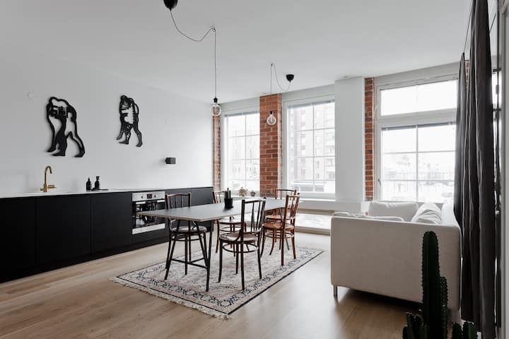 Scandinavian-style Loft Apartment