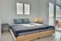 Double beds, also separable as 2 single beds.