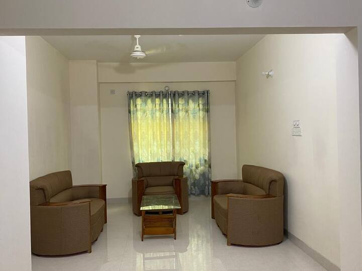 Fully Furnished Cozy Spacious Apartment in Dhaka
