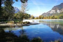 Le lac des Illettes à 5 minutes de la maison