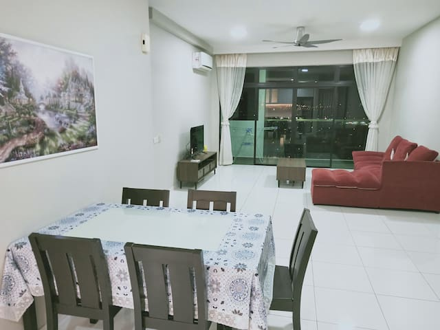 [6 Guests]Sky Loft 3 rooms Aeon, Tesco/Giant &WIFI
