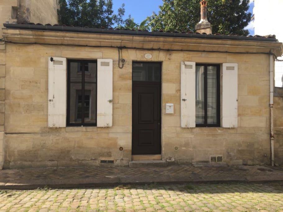 Choppe bordelaise typique et atypique maisons louer bordeaux nouvelle - Maison typique bordeaux ...