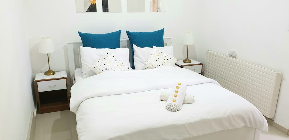 Charming Luxury Privet Room