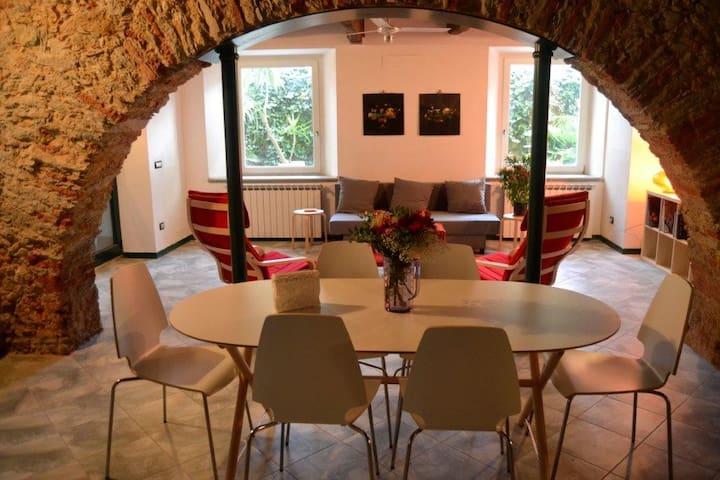 Residenza RE-AL PIANO - Pietrasanta - Appartamento
