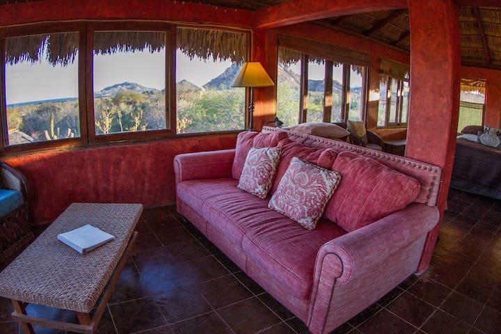 Baja Mar y Sol - Private Studio w/ Panoramic Views
