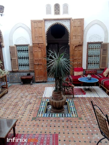 "Private ""suite"" in Riad, steps from the beach"