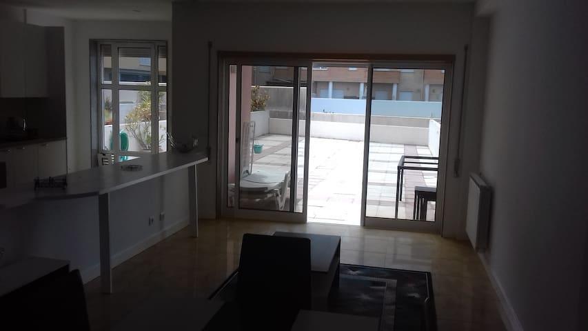 vue de la terrasse depuis le salon