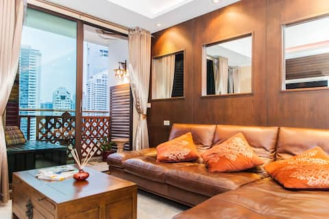 GREAT VIEWS! Luxury Penthouse 1BR Sathon near BTS