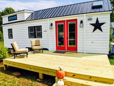 The Magnolia @ Acony Bell Tiny Home Village
