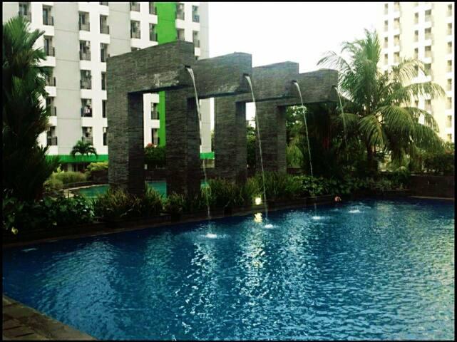 Apartment Green Lake View Ciputat near MRT Jakarta