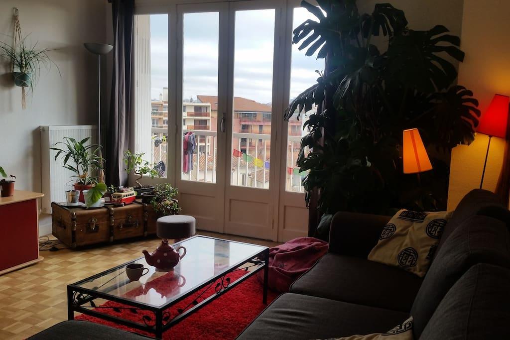chambre 4 personnes proche m tro appartements louer toulouse occitanie france. Black Bedroom Furniture Sets. Home Design Ideas