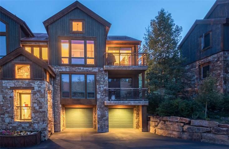 Terraces 402 - 1BR + Loft Ski-In/Ski-Out Condo - Mountain Village - Ortak mülk