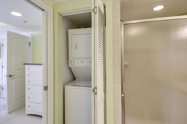 Floor Plan,Washer Dryer,
