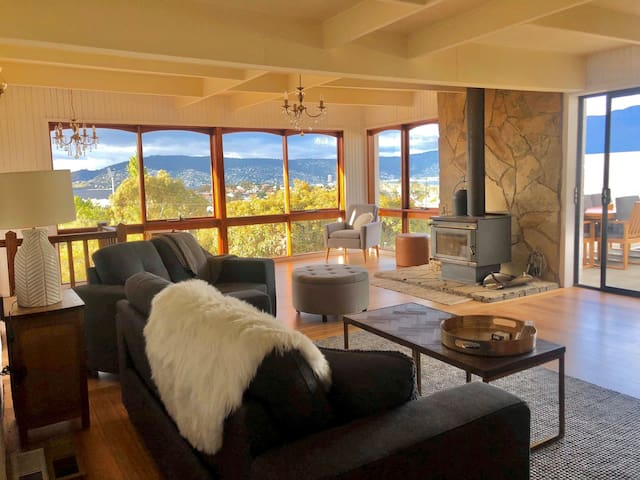 Alma Views, large 4 bed home