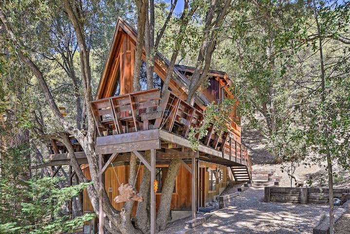 Updated 'Tree House' Pine Mtn Club Cabin by Trails