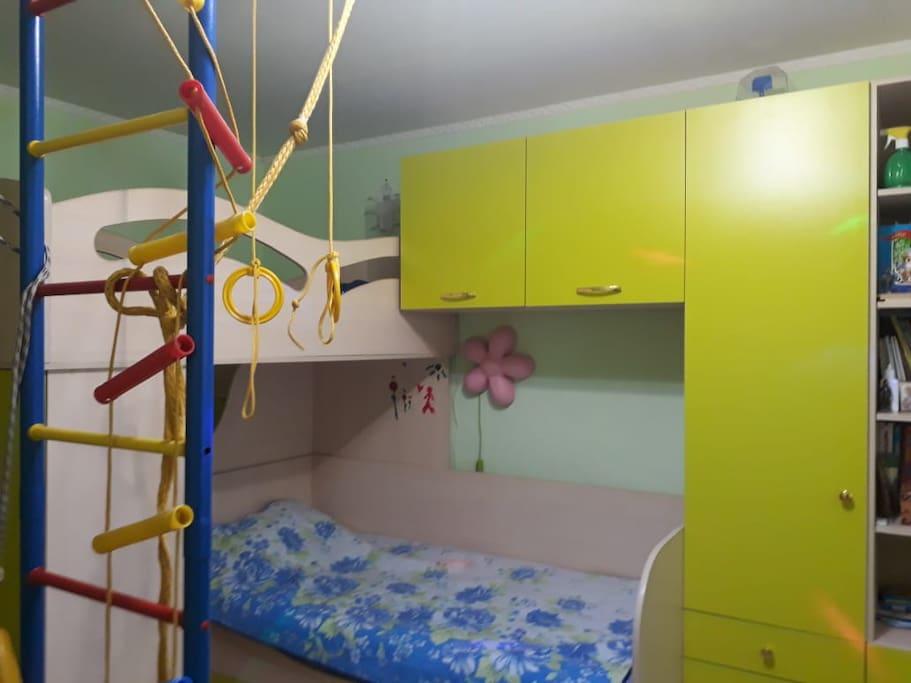 3 комната с 2 кроватями