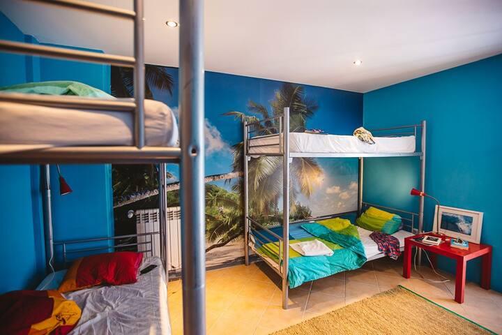 Nina- 4 Bed dorm