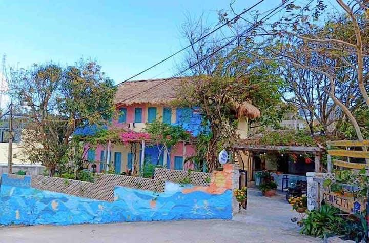 Confetti House-Garden view