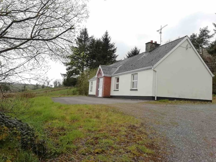 Cosy & Quiet Entire Rural Cottage, 3 Bed Bungalow