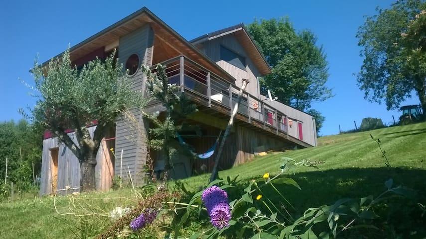 Jolie maison en bois à Aramits (64) - Aramits - Jordhytte