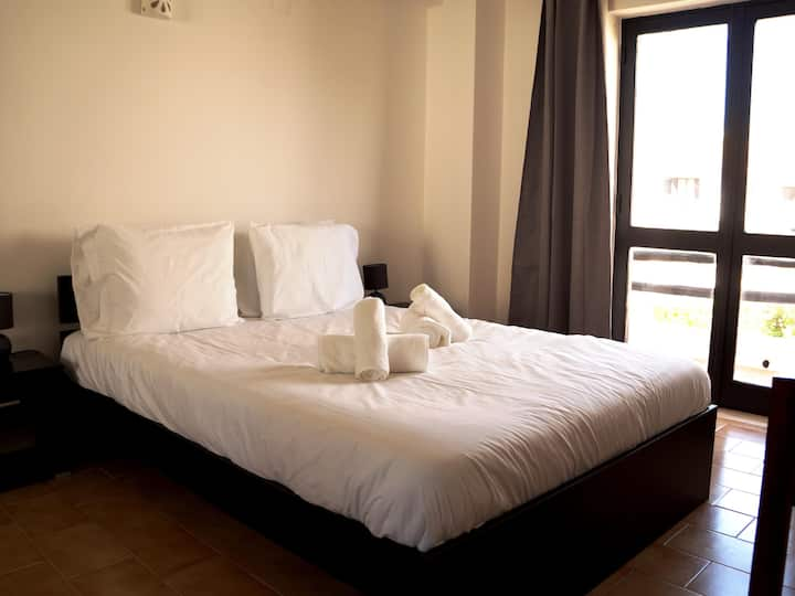 Double Room with Private Bathroom GHT2