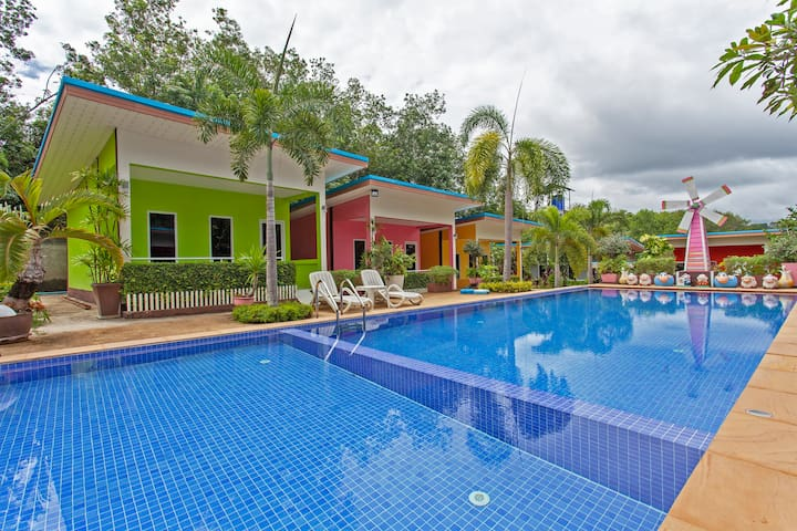 ⭐Panorama Villa 12 BR Sleeps 24 w/ Pool near Beach