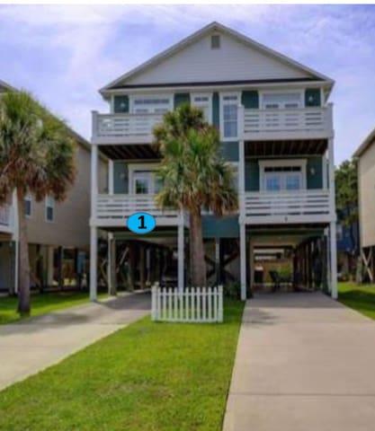 NEW Carolina Beach Home for Perfect Family Getaway