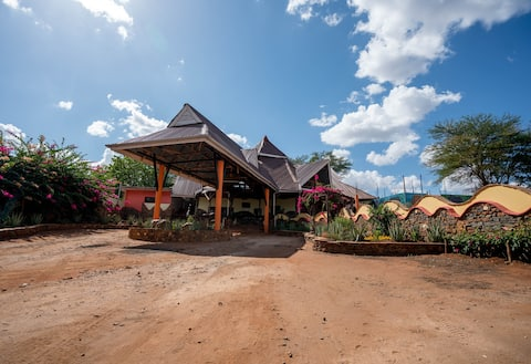 Tsavo Lodge Voi