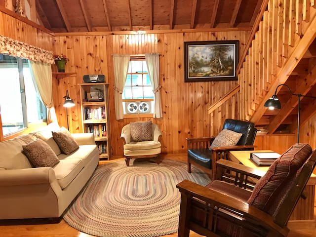 Family-Friendly Updated Cottage