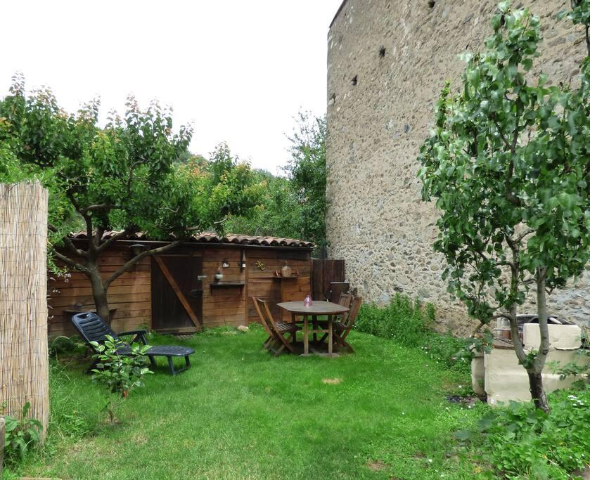 Jardin, barbecue