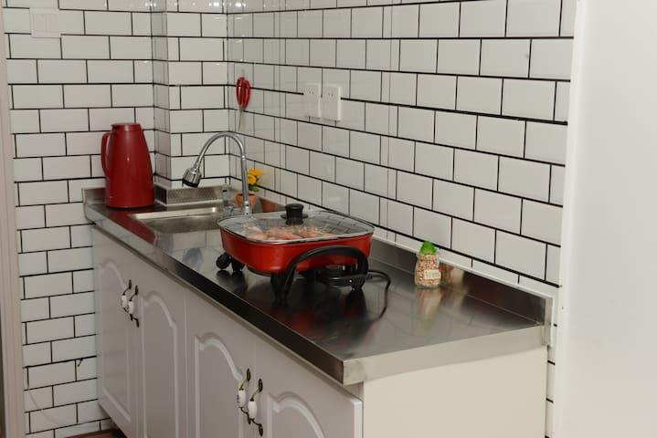 独立的厨房可以做饭