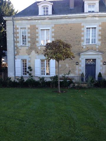 Chambre privée  aux portes d'Angers