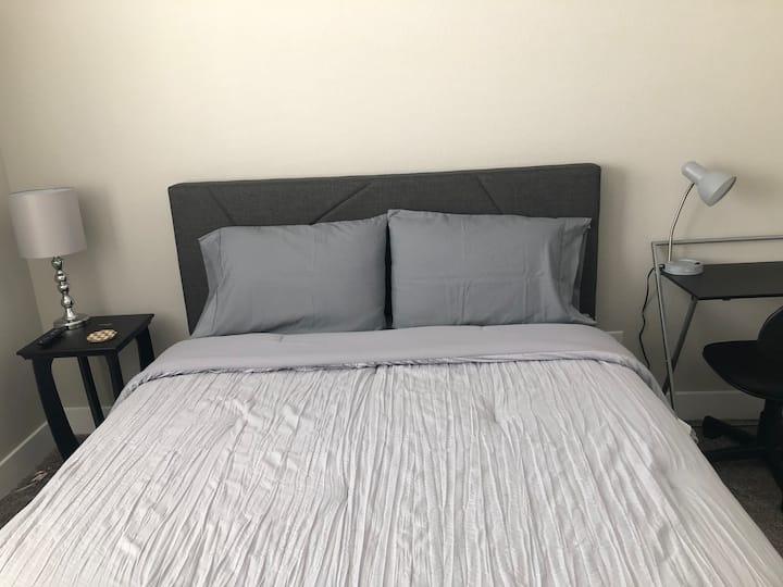 Beautiful Private Room! (Room 2)