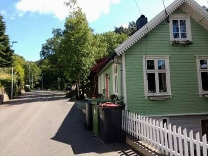 """Sørlandshus. Kjent fra TV-serien """"herlige hjem""""."""