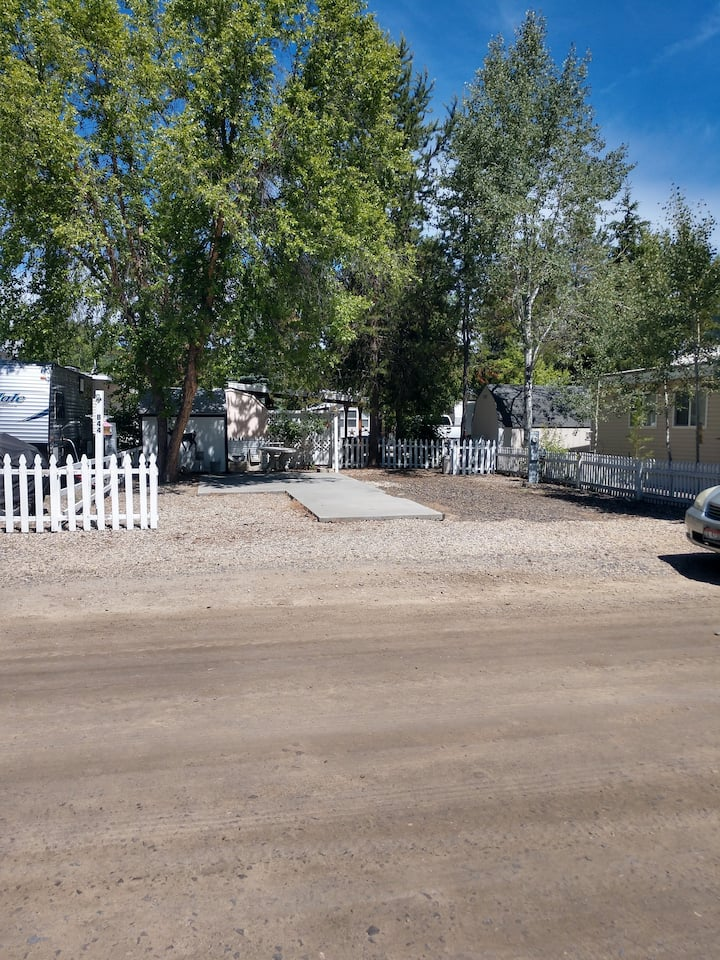 Lots Of Leisure In Leisure Time RV Park Cascade,ID
