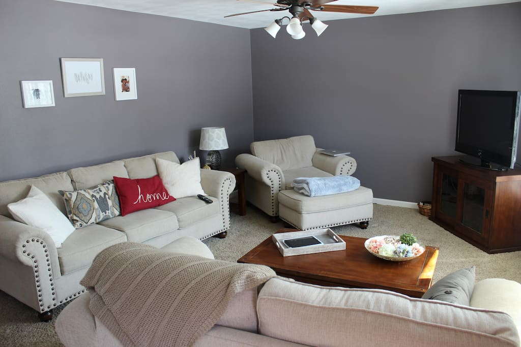 Eaa home 3 bedroom 2 full bath finished basement houses for 3 bedroom house with basement