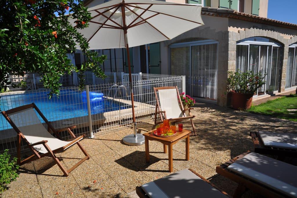 Agreable villa avec piscine securis e hus att hyra i for Piscine mauguio