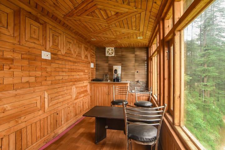 2 Bedroom Hut | Apple Farm | Breathtaking View