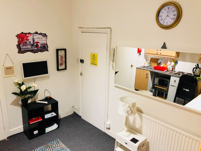 Studio Accommodation Hyde Park