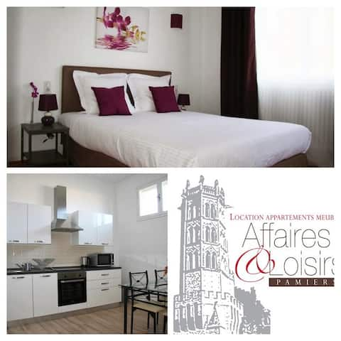 Appart Pamiers Affaires & Loisirs balcony/garage