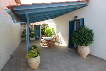 Traditional townhouse in Koroni - Koroni