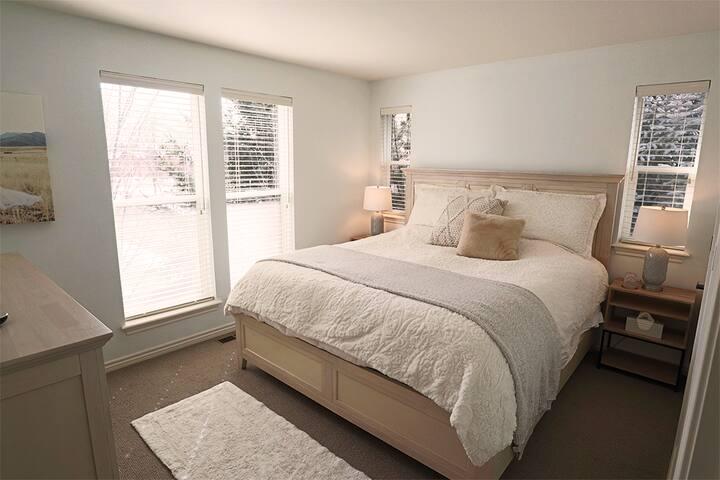 Bright, Ultra-Clean & Cozy Home near Mt. Sopris