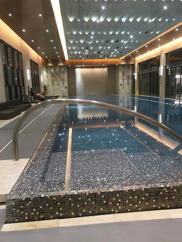 室内游泳池